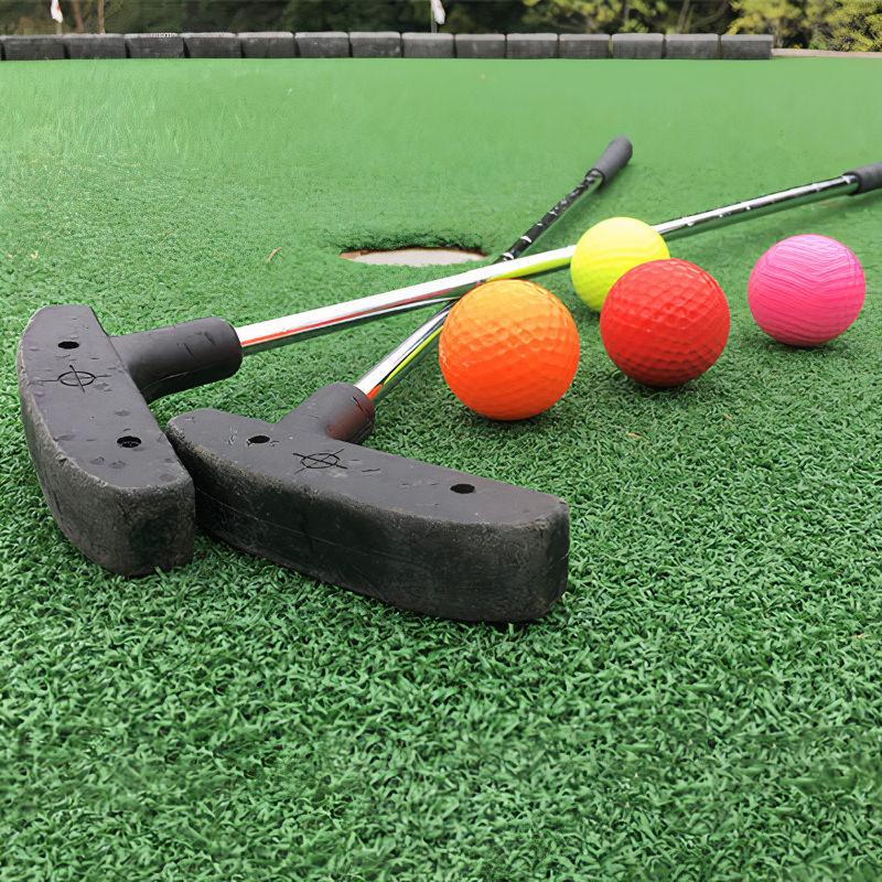 Mini-golf club with mini-golf balls